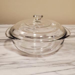 Vintage Pyrex 1.5 quart clear casserole with lid